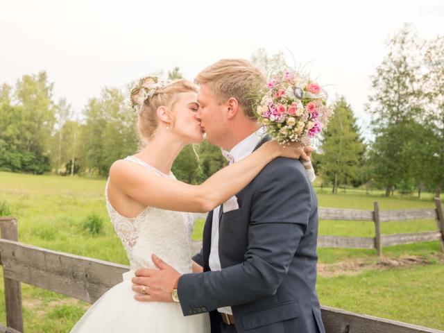 Hochzeitsfotografie in Bayern mit Agnes und Benedikt. Foto: Stephan Benz
